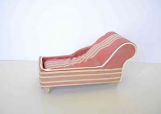 chaise-longue-ministure1.jpg