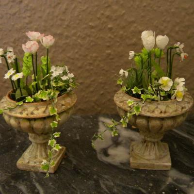 Paire de vases miniatures jardin