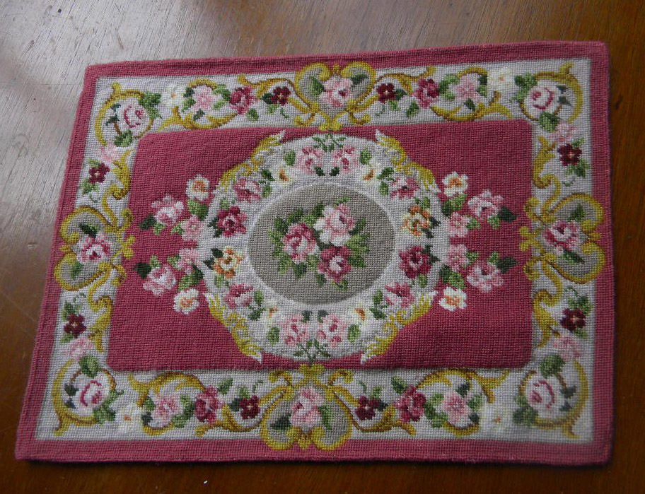Tapis aubusson rose 1